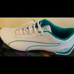 Mercedes AMG Petronas men sneakers.